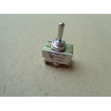 Toggle Switch 15Amp Center Off Type